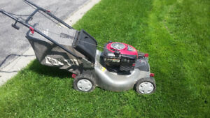 Gas Lawn Mower Craftsman Self propelled with bag
