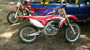 2017 CRF 450R. Trades welcone