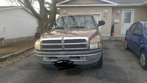 2000 Dodge Power Ram 1500 Pickup Truck