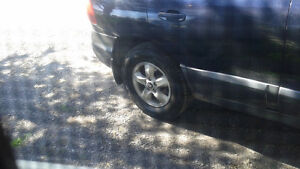 """Looking for 16"""" aluminum rims with 225 70 16 summer tires"""
