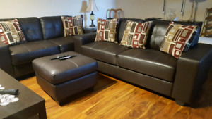 EUC 1yr old love seat x2 /coffee and 2 end tables