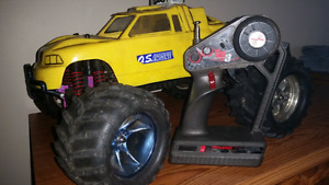T-MAXX TRAXXAS*TQ3(TOP QUALIFIER) O.S. ENGINE