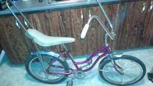 Vintage original 1960s cruiser bike (low rider style)