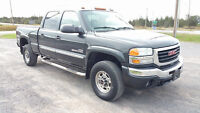 2004 GMC Sierra 2500 SLT Very Clean, Loaded