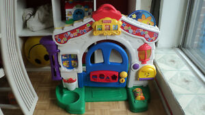 Large 2 sided musical/lights playhouse