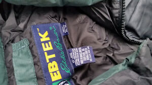 EbTek Down Filled Men's jacket medium Strathcona County Edmonton Area image 2