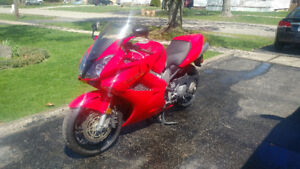 Honda VFR Interceptor 2003, complete touring and sport package