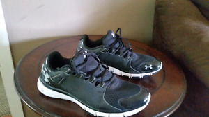 Under armor shoes size 11