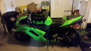 2007 ZX6R and accessories