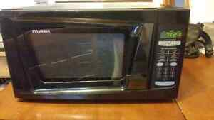 Microwave - Black 1550 W