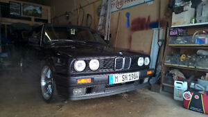 1991 BMW 320i E30 Japan/Euro Spec Convertible - Lowered