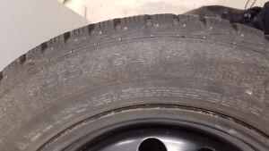 4 pneus hiver avec rim Gislaved 185/65 R15-88T