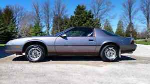 87 camaro LT great conditon