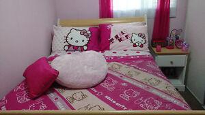 Hello Kitty bedspread Kitchener / Waterloo Kitchener Area image 1