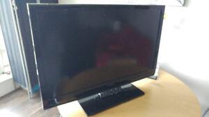 "42"" Dynex HD Flat screen TV"