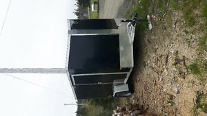 Enclosed trailer for ssle