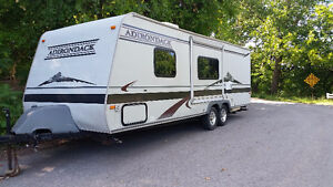2003 Adirondack 26 ft Travel Trailer with slide out