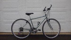 Vélo Hybride BIKE MARIN KENTFIELD OVATION