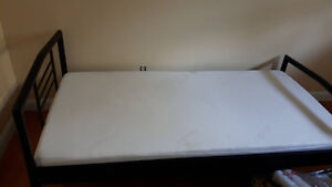 Lightly Used Twin Size Memory Foam Bed MUST GO BY FRIDAY Peterborough Peterborough Area image 2
