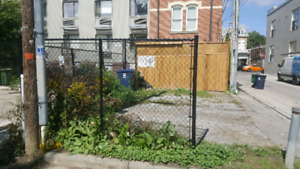 40 ft Black Chain link Fence