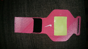 Nike arm running band (never used)