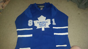 TML Phil Kessel official rbk Jersey size 50  in good condition..
