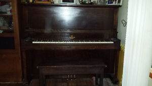 Willis montreal piano kijiji free classifieds in for Meuble lion montreal