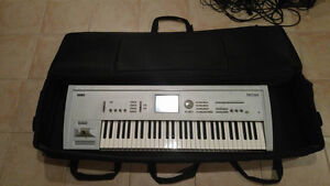 Used Korg Triton with Virtually New Components (Amp, Audiobox,)