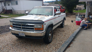 95 dodge dakota 4x4 only 88,000 km