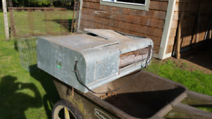 Poultry brooder oven