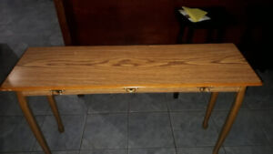 New table for sale. 140 cm long, 22 cm in width .mint condition.