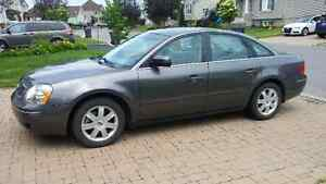 2005 Ford Five Hundred  SE TAX INCL.