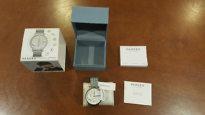 Skagen Hybrid Smartwatch scratchless condition