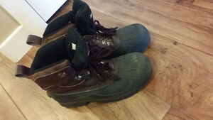 Men's Rothco Size 10 Winter Hiking Boots