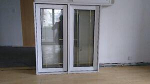 Fenêtre à manivelle en PVC blanc 39X43