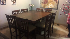 Pub Style Dining Set w/8 Chairs