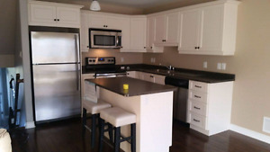 3 bedroom townhouse for rent Sept 1st