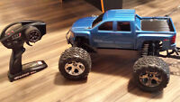 Traxxas STAMPEDE 4X4 VXL RC Monster Truck