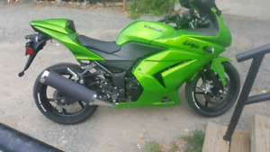 2012 ninja 250r with only 5030kms!!