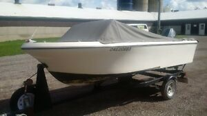 15' Fibreglass Boat with 50hp Envinrude and trailer