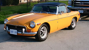 1971 Chrome Bumper MGB Roadster Convertible