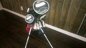 McGregor golf clubs with bag
