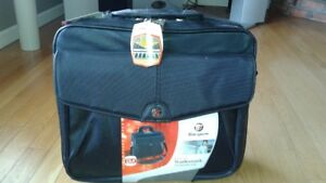 Lap top bag with wheels and handle