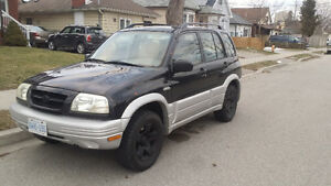 1999 Suzuki Grand Vitara Gray SUV, Crossover