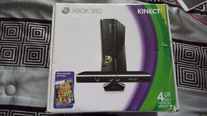 Xbox 360 Kinect Great Condition + 2 games