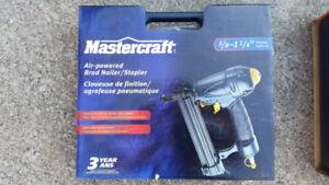 Mastercraft Air-Powered Brad Nailer/Stapler 5/8 to 1-1/4 in.