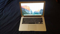 Macbook air mi-2012 mint condition