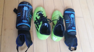 ADIDAS SOCCER SHOES & PADS **hardly used