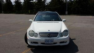 2004 Mercedes-Benz C-Class Kompressor Sport 1.8L Coupe (2 door)