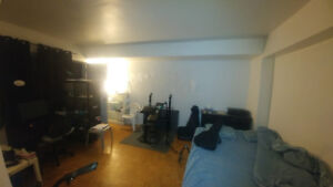 Apartment for lease transfer in the McGill Ghetto
